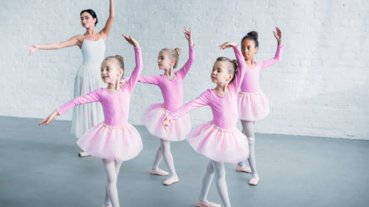 Ballet lessons for young ballerinas